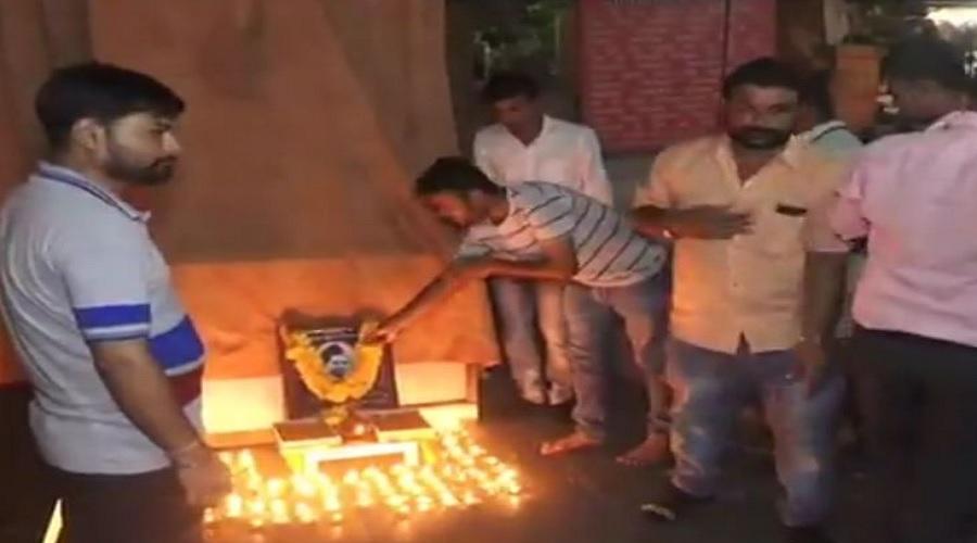 ગાંધીના ગુજરાતમાં ગોડસેની બોલબાલા, ખુલ્લેઆમ ઉજવ્યો જન્મ દિવસ, સરકાર ખામોશ