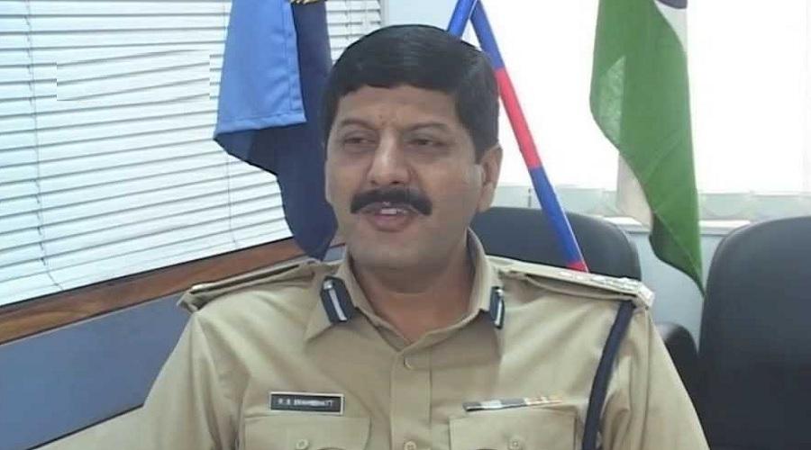 ગુજરાતના IPS અધિકારીઓની બદલી, સુરતના કમિશનર તરીકે રાજેન્દ્ર બ્રહ્મભટ્ટની નિમણૂંક, વાંચો સંપૂર્ણ લિસિટ
