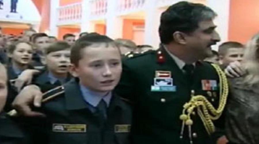 રશિયન આર્મી કેડેટ્સે ગાયું હિંદી દેશભક્તિ ગીત 'એ વતન, એ વતન, હમકો તેરી કસમ'