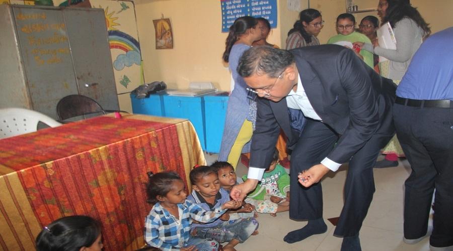 ગુજરાત પોષણ અભિયાન : સુરત જિલ્લાના ઓલપાડ તાલુકાના લોકોએ 325 કુપોષિત બાળકોની જવાબદારી ઉપાડી લીધી