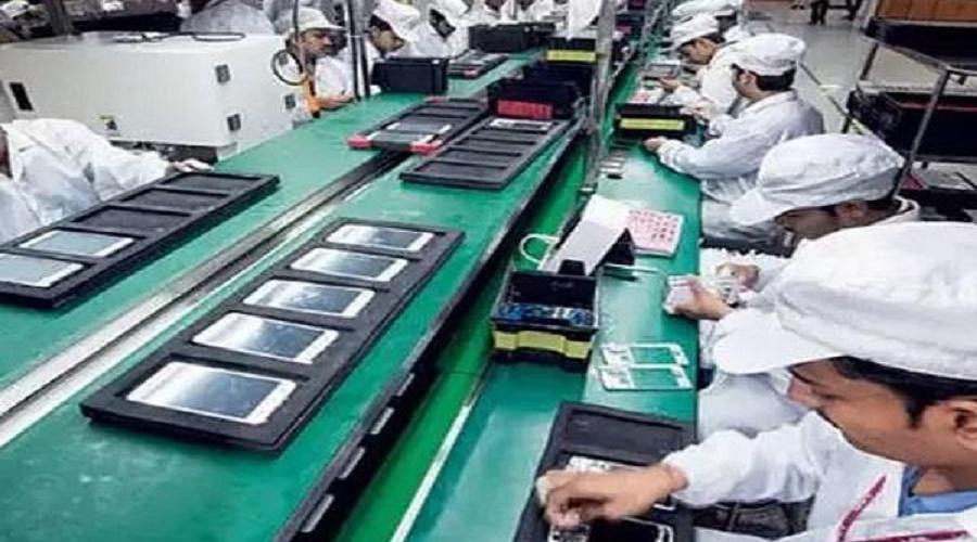 વિશ્વનો બીજો સૌથી મોટો મોબાઇલ ઉત્પાદક દેશ બન્યો ભારત
