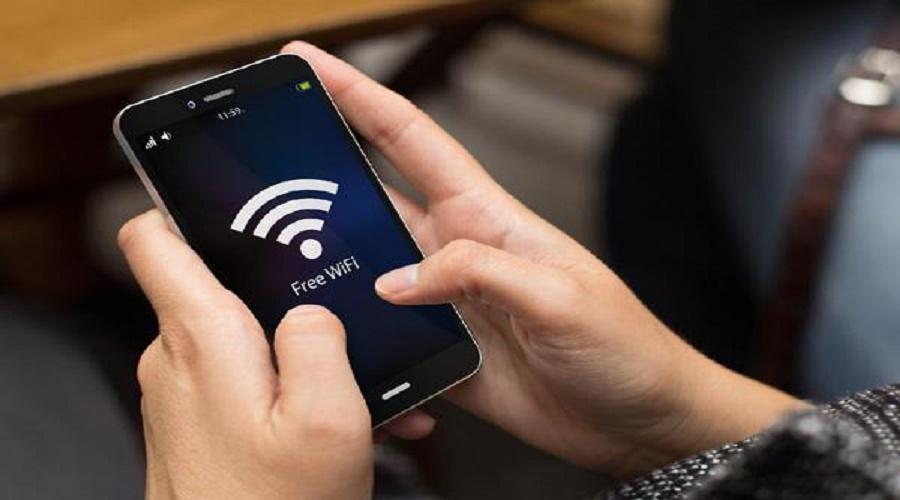 ફ્રી WiFiના ચક્કરમાં ખાલી થઇ શકે છે બેંક એકાઉન્ટ, RBI દ્વારા એલર્ટ અપાયું