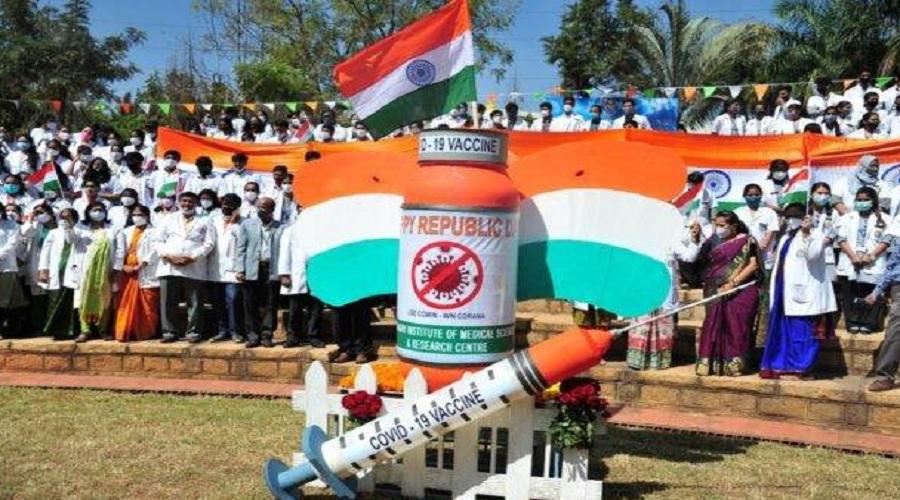"""કોરોના: રસીકરણનાં આંકડાનાં આધારે દુનિયામાં ભારત છે પાંચમા નંબરે, હર્ષવર્ધન બોલ્યા,""""જોરદાર જંગ લડાઈ"""""""
