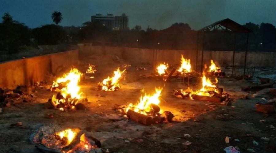 કોરોના મહામારી: દુનિયાભરમાં રોજ 12 હજારનાં મોત, અત્યાર સુધી 30 લાખ લોકોએ જીવ ગૂમાવ્યા