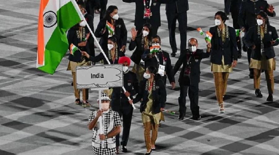 ભારે ઉત્સાહ સાથે ટોક્યો ઓલિમ્પિકનું ઓપનિંગ: મનપ્રીત સિંહ અને મેરી કોમે કર્યું ભારતનું નેતૃત્વ