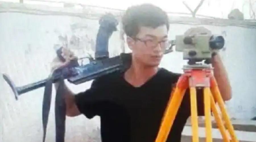 પાકિસ્તાનમાં આતંકવાદીઓથી ડરતા ચીની કર્મચારીઓ, AK-47 સાથે કામ કરે છે